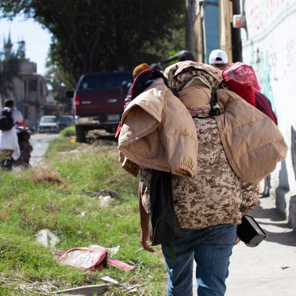 "Tlaquepaque, Guadalajara. Jalisco, Mexico. Monday, November 19th, 2018. Refugees walking to Sinaloa. Hundreds of refugees fleeing violence and extreme poverty in Central America have been staying at ""El Refugio. Casa del Migrante"" for one or two days. Some immigrants stayed at the shelter only for one night. Some of these immigrants are part of the second caravan and third caravan. Refugees want to travel to Tijuana, Baja California and apply for asylum in the United States of America. Credit: Photo by LoveIsAmor.com"