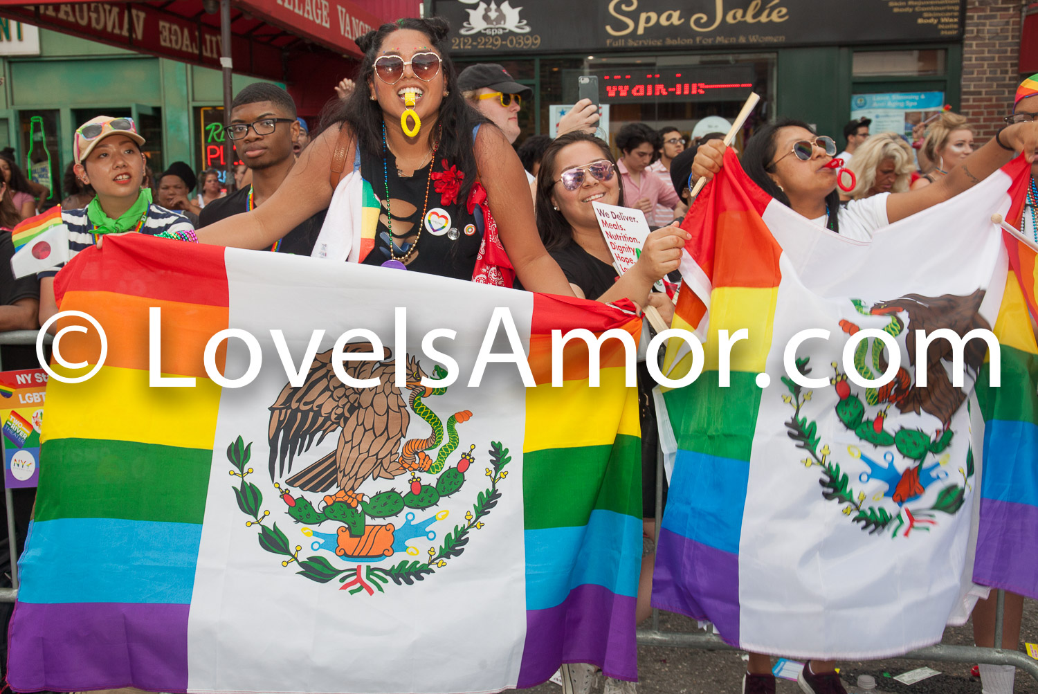 Sunday, June 24, 2018. New York City – New Yorkers celebrated the biggest LGBTQ Pride March in the United States of America. This year, the NYC Pride March celebrated 49 years. Photo by LoveIsAmor.com
